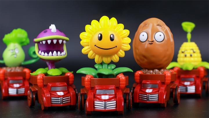 植物大战僵尸2之回力小车人偶玩具展示