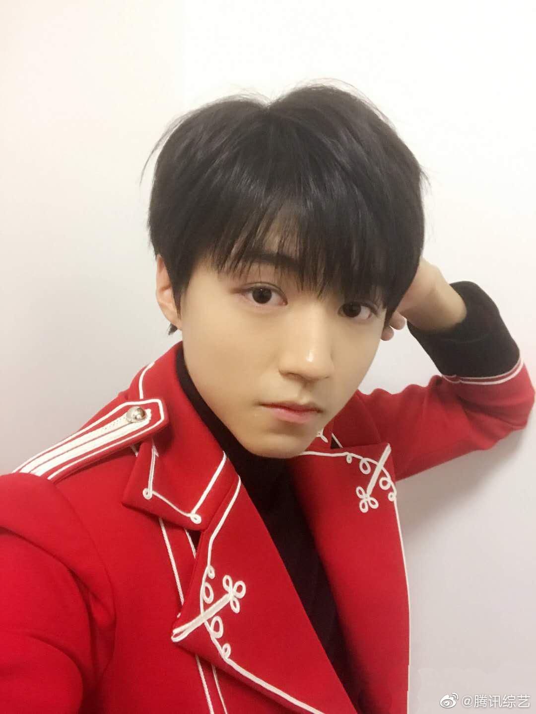 20岁的王俊凯自信热烈,21岁的王俊凯会拥有更多可能!