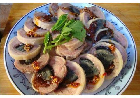 精选美食:鸡肉皮蛋卷,花椒油泼蘑菇,金针肥牛,鱼香豆腐的做法