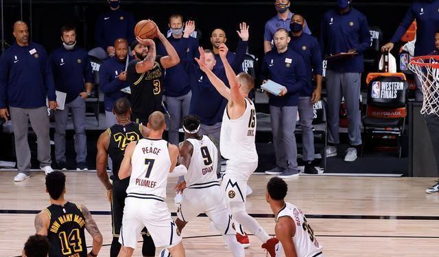 今天NBA西部决赛G2,湖人105-103战胜掘金