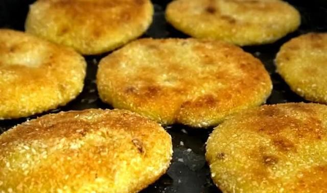 秋天,此菜正当季,锌是猪肝的5倍,1元一斤,做成小饼香甜又软糯