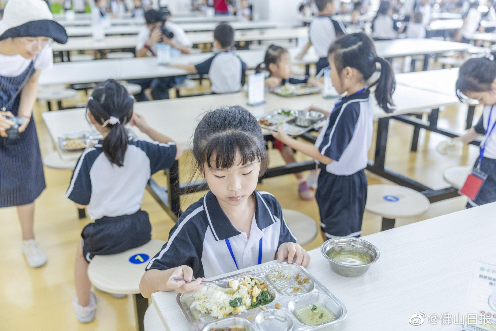 22项 264个校园食堂 禅城开展秋季校园美食宁静专项检查