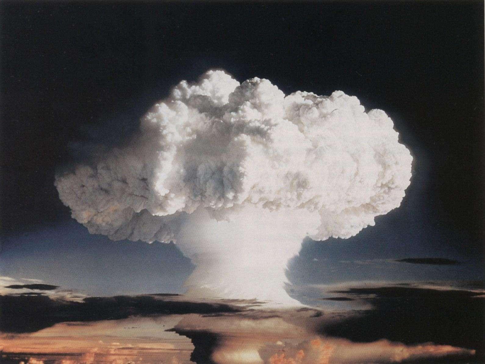 未来武器,美俄正各走一条路!英国对俄制海燕巡航导弹发出警告