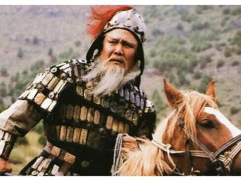 关羽张飞赵云马超黄忠五虎上将,谁能战胜许褚,这三人能做到