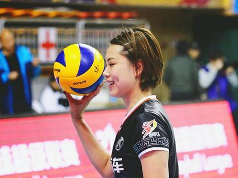 曾春蕾缺席北京女排合照,奥运之路或再起波折,刘晏含迎来机会