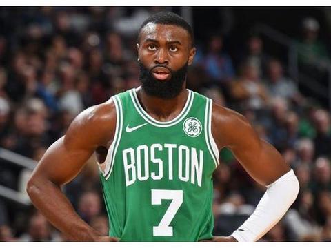 布朗轰26+7+5+3仍无缘今日最佳,对不起,你碰上NBA历史第2人了