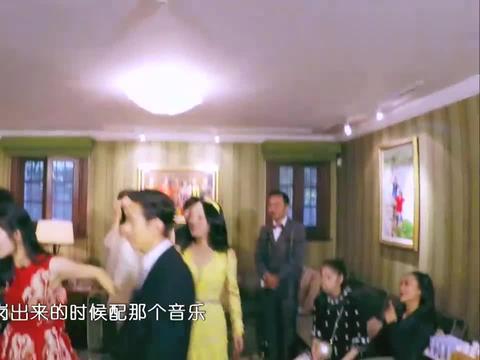杨钰莹穿恨天高逆袭成功,谢娜要求放黄飞鸿歌,太激动了