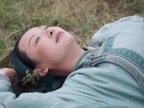 《国家孩子》通嘎拉嘎孤独地躺在大草原上思念着王朝阳