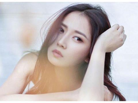 陈钰琪:清新养眼,一个十足的令人心动的邻家小姑娘