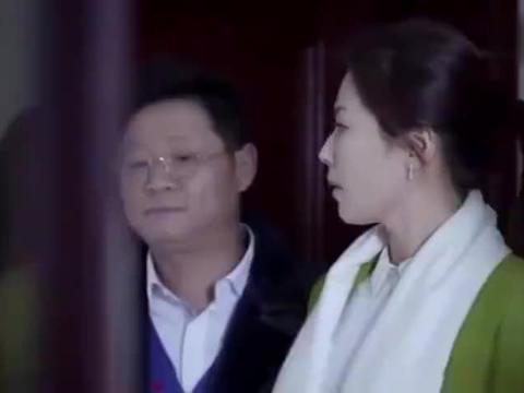 影视:前妻抛弃穷丈夫,成富婆回来想弥补,哪料丈夫是亿万富豪