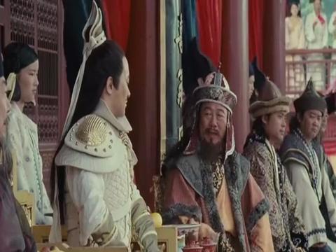"""《熊猫大侠》任泉挥笔写""""和""""遭嘲讽,捐躯赴国难,重整我山河"""