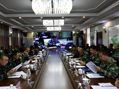 韩家园林业局召开秋季森林防火工作会议
