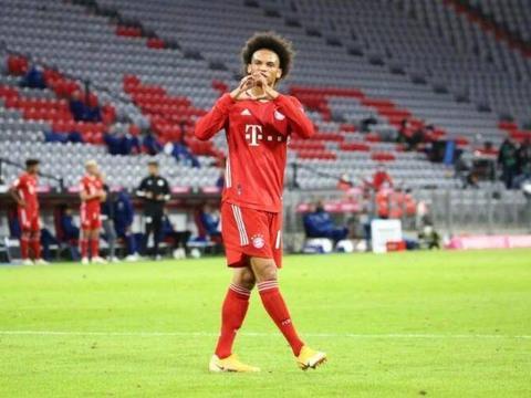 拜仁8-0狂胜1镜头最风骚!并非格纳布里帽戏,也非萨内单刀