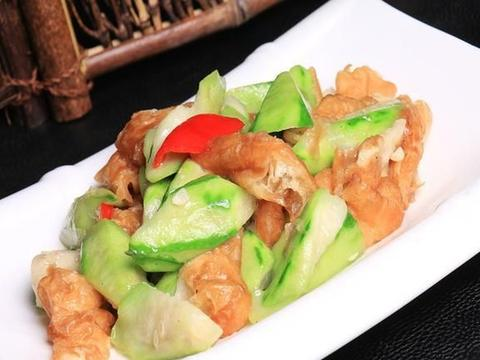 丝瓜跟它一起炒,味道鲜美,营养丰富,特别适合老人与孩子吃