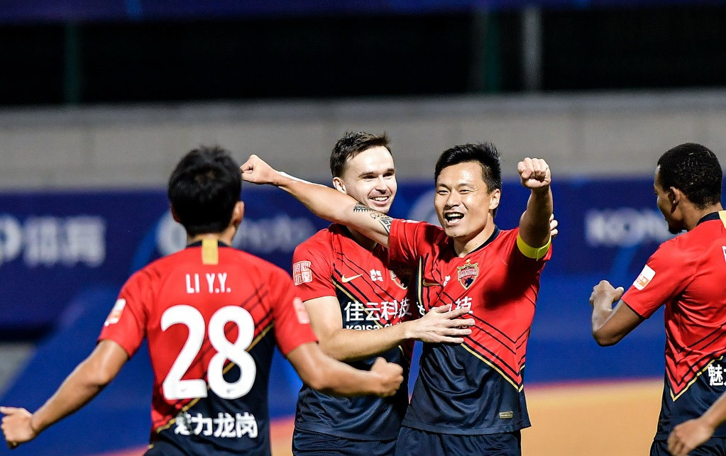 中超鲁能PK深圳名单出炉,首发均为4外援,郜林出战,蒿俊闵替补