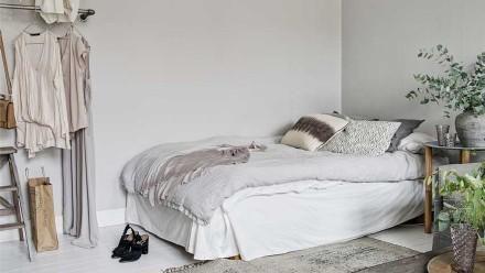 90后北漂女生仅花1万爆改出租屋,卫生间的黑白瓷砖,都夸漂亮