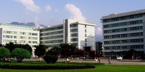 四川农业大学录取新生9315人,四川占61%,成都16.5%