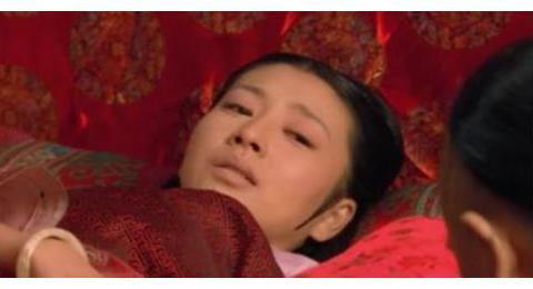 甄嬛传:眉庄葬礼上浣碧一个行为,让甄嬛一下子起了灭了她的心思