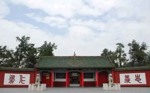 2020想去中国洛阳旅游的景点:白马寺,龙峪湾,鸡冠洞