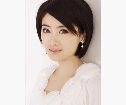 38岁小李琳「杜冰雁」二婚姐弟恋,获幸福,感谢前任抛弃之恩