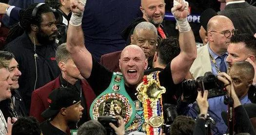 来自泰森·富里的建议:约书亚,你放弃WBO世界拳王金腰带吧