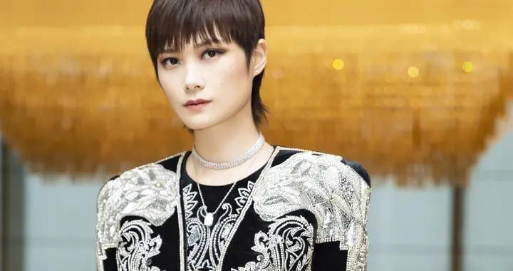 除了李宇春和郭采洁,哪位女明星的短发造型最惊艳