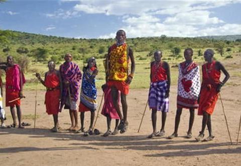 非洲部落女酋长,58个村庄男性任她挑选,掌管部落一切事务