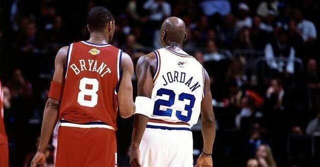 在NBA成立以来,球员单赛季拿下至少2000分的次数大概有299次,