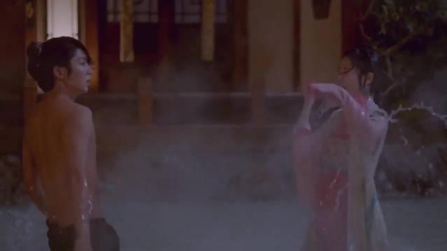 解树擅闯王宫浴室看到昭王子真容 差点被昭掐死!太险了!