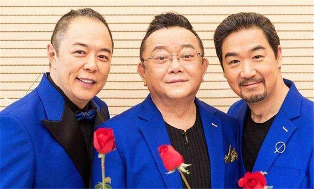 早就不是中国籍的四位明星,刘亦菲是美国人就算了,他竟是日本人