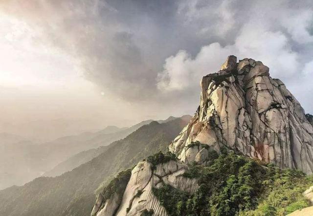 安徽三大名山之一,《琉璃》反派凭一己之力带火,景区要找他代言