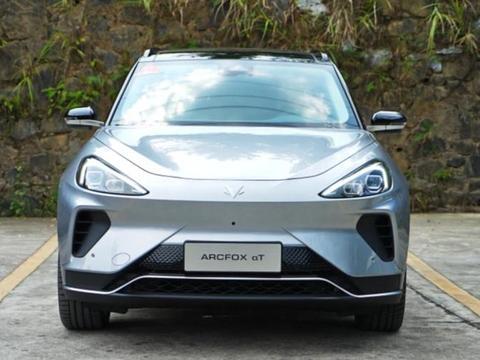 ARCFOX αT将在北京车展正式上市 定位为纯电中型SUV