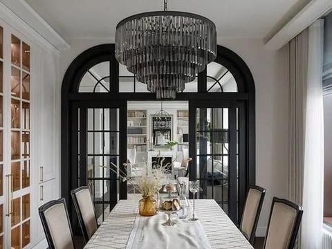 圣彼得堡在典雅中成功打造现代经典的高端公寓