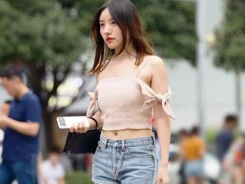谁还没穿过短裤?但也不能太随意,这样搭时髦又优雅!