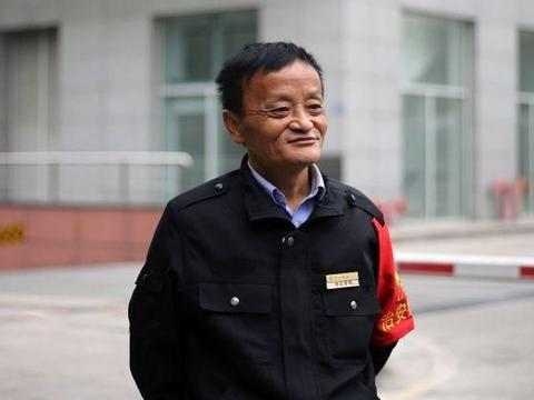 """9岁进入娱乐圈,被称""""中国最丑男演员"""",另一身份却鲜有人知"""