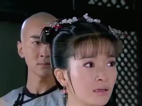 新还珠格格:小燕子替已故爹娘谢皇上,毕竟能够洗清冤屈全靠他