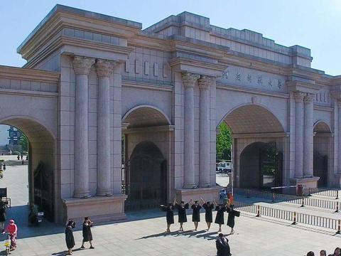 河南省内知名高校,河南工业大学和河南师范大学