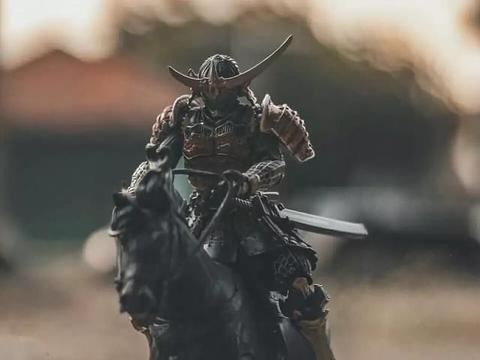 假面骑士用战国时代的方式打开:帝骑压迫感十足,大将军更加霸气