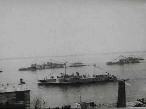 支援陆军作战,击溃敌方区舰队,远东战役中的阿穆尔河区舰队