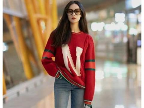 倪妮街拍造型太好看,红格纹衬衫搭白上衣,早秋搭配穿出高级感