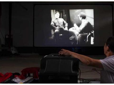 消失的乡镇电影院回来了?四川彭山67岁放映员坚守45年已放上万场
