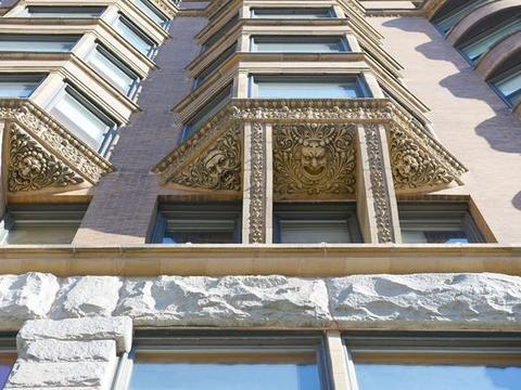 历史悠久的摩天大楼,至今已有100多年历史,修建是中国还是清朝