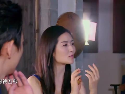 何炅赵丽颖手牵手亲密吃枣,谢娜看戏一脸惊,冯绍峰看完这段崩溃