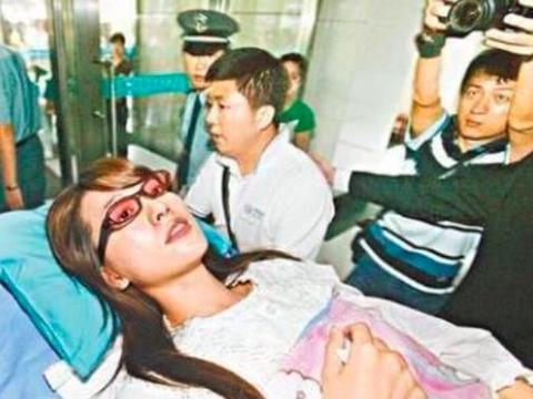 林志玲突发紧急住院,躺病床喝水都无法自理,评论区却满是脏话
