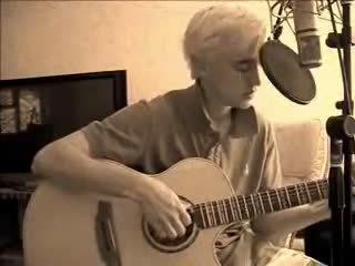 12年前,汤姆·费尔顿的一段自弹自唱。超帅! (feltbeats)