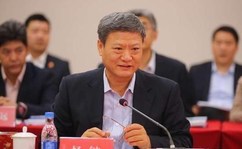 中信银行副行长杨毓辞职,曾深耕建行33年,去年减薪218万元