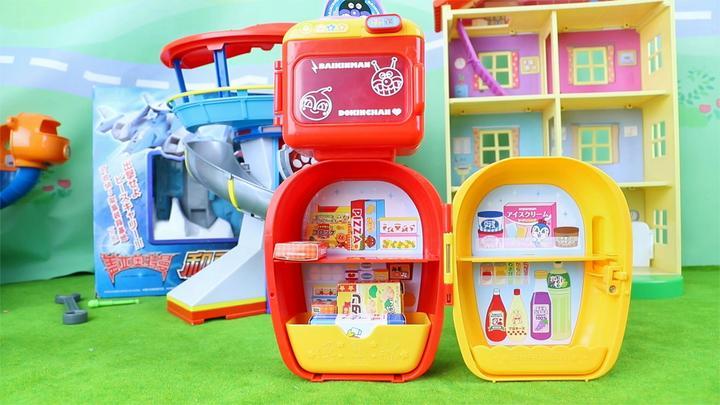 面包超人:红豆超人细菌超人的冰箱和微波炉厨房玩具分享
