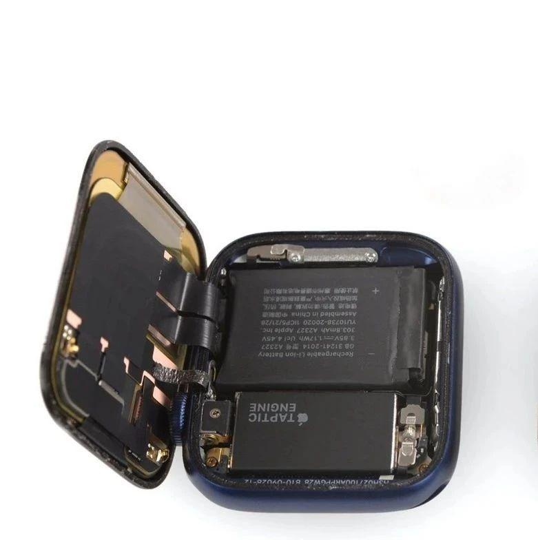 iFixit 完成 Apple Watch Series 6 拆解:电池容量/线性马达稍增大