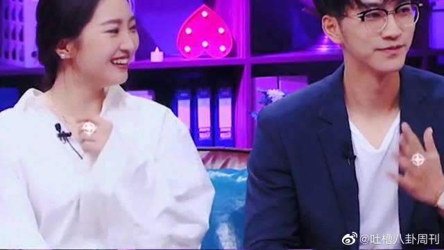 赵琦君、杨凯雯来到演播室 记得看节目还没觉得赵琦君有多帅……