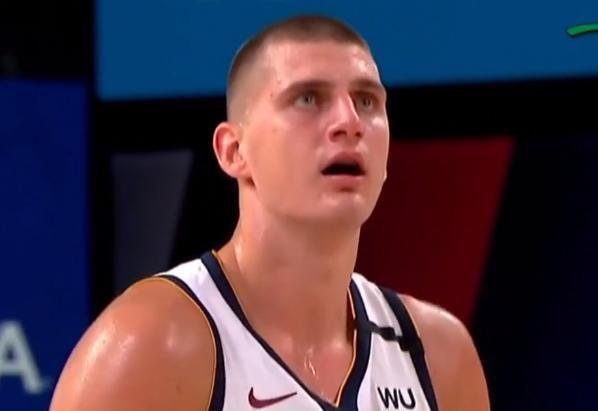 NBA展开西部决赛第三场大战,比赛开始之后,詹姆斯连续得分